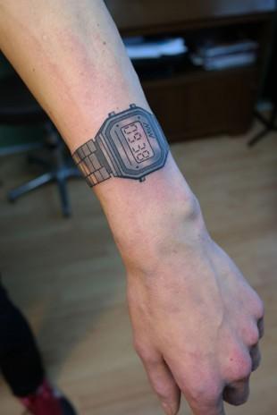 Tatoeage Casio watch horloge