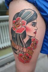 Tattoo gypsy zigeuner op bovenbeen