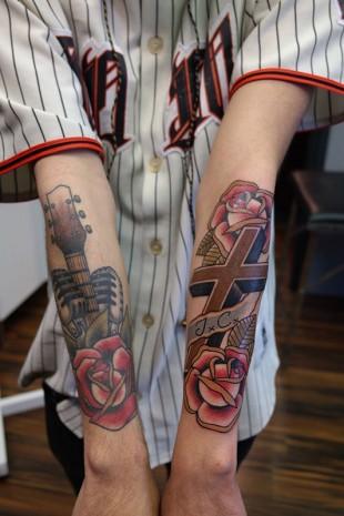 Tattoo traditional sleeve cross